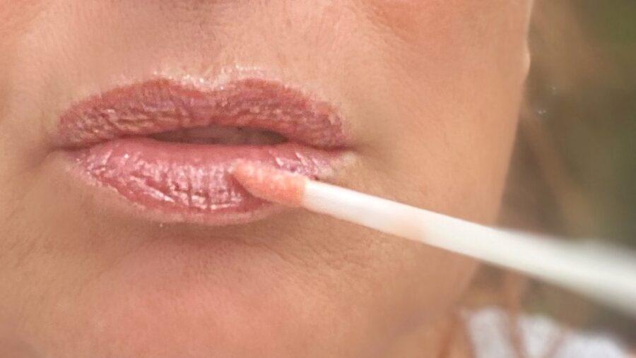 donner du volume aux lèvres avec les gloss repulpants